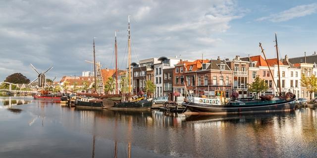 Zonnepanelen-Leiden